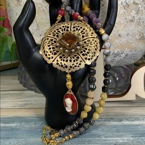 ✨Adorned Crown Stone bead topaz cameo necklace